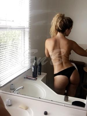 Beauty Gold Coast Escorts 5531