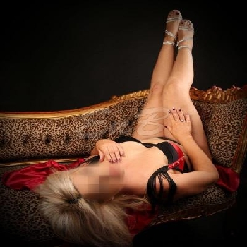Michelle Wollongong Escorts 5834